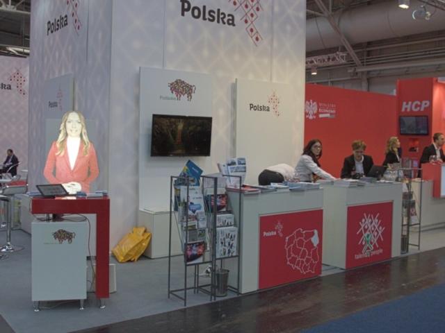 wystawa niemcy stoisko polskie holohostess wirtualna hostessa avatar