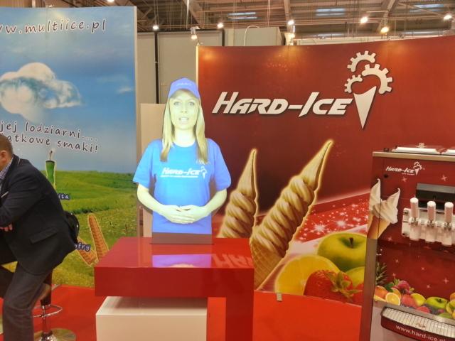 holohostess, wirtualne hostessy, hologram, targi, hard-ice