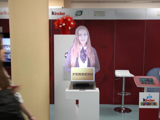 Stoiska interaktywne, oprogramowanie na zamówienie, targi, hologram