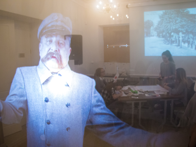 avatar, muzeum, ekran holograficzny, hologram, projekcja 3d